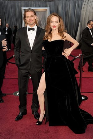 Oscars red carpet: Brad Pitt, Best Actor and Angelina Jolie in Versace