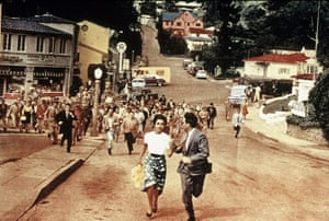 Science Fiction movies: INVASION OF THE BODY SNATCHERS