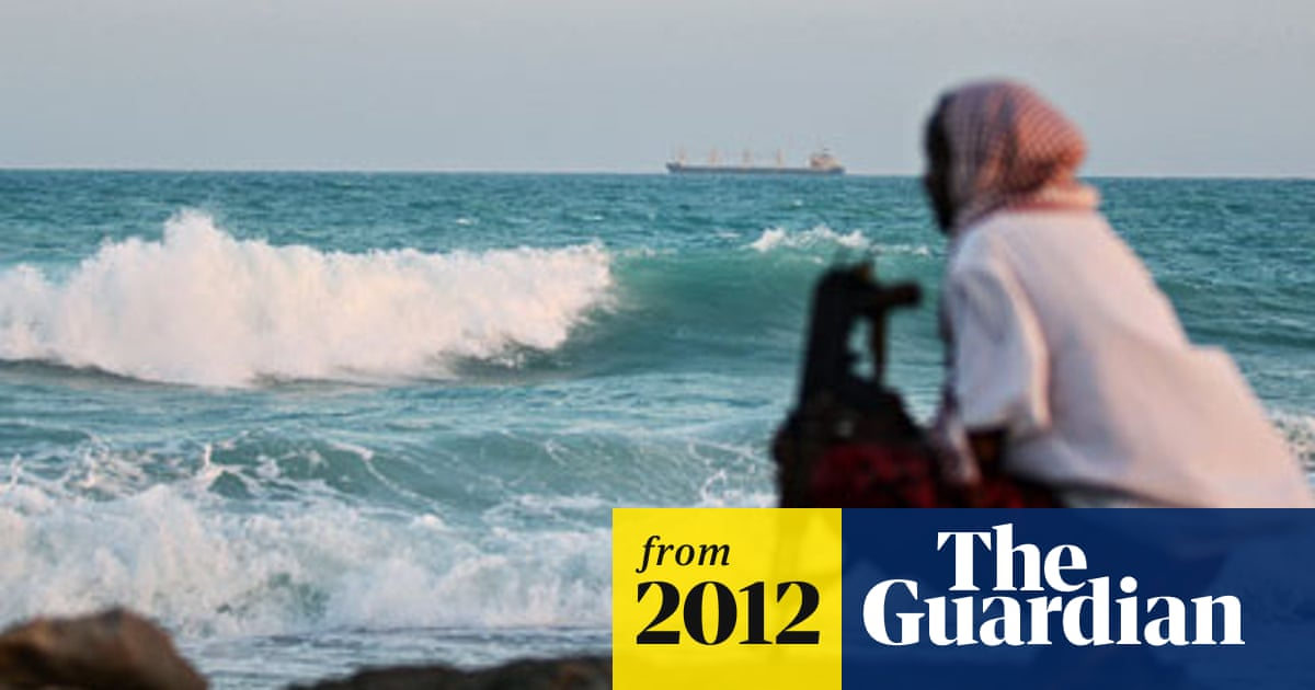 Two hostages of pirates killed in rescue mission off Somalia