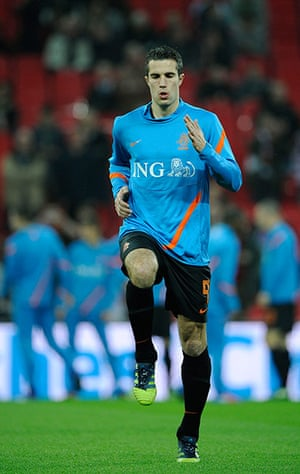 England  v Holland: Robin Van Persie warms up