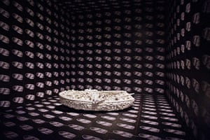 Yayoi Kusama: Aggregation: One Thousand Boats Show, 1963