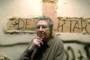 Antoni Tapies: Antoni Tapies, winner of the Velazquez, Spain's most important art award