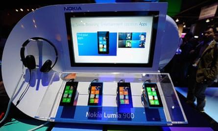 FILE:  Nokia 4th Quarter Earnings Fall 73%