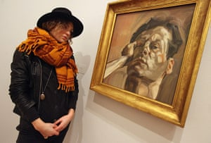 Lucian Freud at NPG: Lucian Freud at National Portrait Gallery - Woman admiring Man's Head