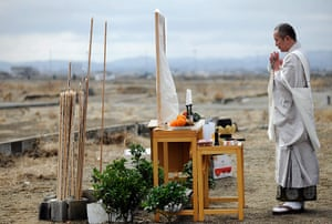 Japan tsumani: Setsudo Miura offers prayers for the victims of the tsunami