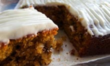 Geraldine Holt recipe carrot cake