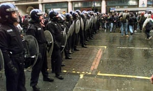 kettling in Oxford Circus 2001