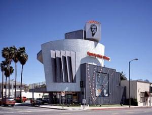 Unusual chain restaurants: A mimetic KFC on Western Avenue, LA