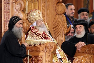 Pope Shenouda III: The body of Pope Shenouda III is viewed by the congregation