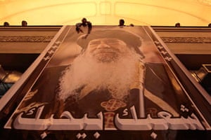 Pope Shenouda III: Egyptian Christians mourn the death of Pope Shenouda III