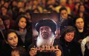 Pope Shenouda III: Egyptian women mourn the death of Pope Shenouda III
