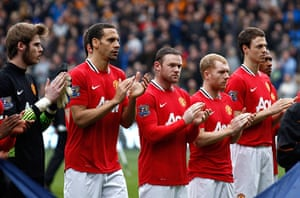 Muamba get well messages: Manchester United applause