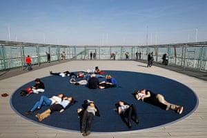 Sunbathing on rooftops in Paris