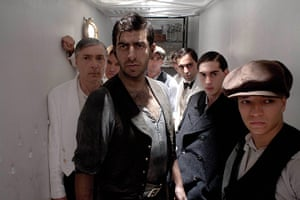 Titanic: Antonio Magro as Mario Sandrini