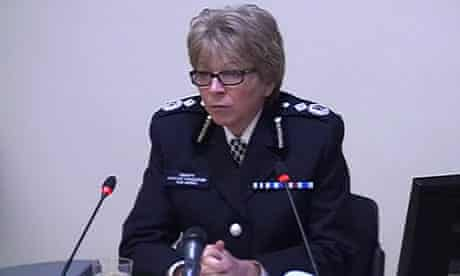 Sue Akers at Leveson Deputy Assistant Commissioner Sue Akers giving evidence to the Leveson inquiry