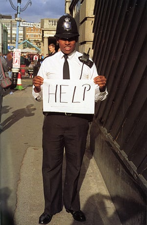 Gillian Wearing: Help 1992-3