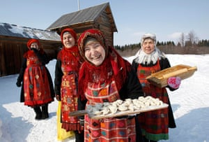 Russia's Eurovision: Members of Buranovskiye Babushki offer homemade dumplings