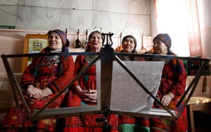 Russia's Eurovision: BThe group rehearse in the village club in Buranovo in central Russia