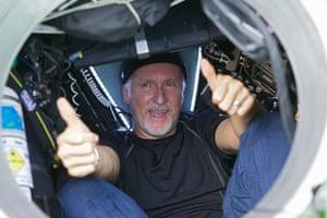 James Cameron: James Cameron gives two thumbs-up
