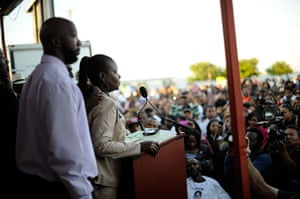 Trayvon Martin marches: Parents of Trayvon Martin address city council in Sanford, Florida