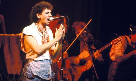 Dexy's Midnight Runners on stage in 1982