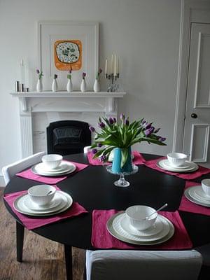 Karlyn Evans' home: Karlyn Evans' dining room