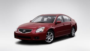 Hoaxes: 2008 Nissan Maxima 3.5 SE in Orange - Front angle view