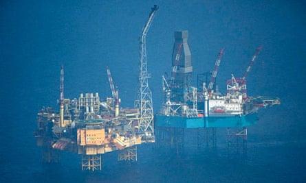Gas leak on Total platform 28/3/12