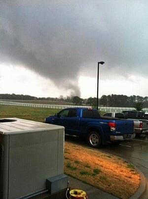 Tornado Updated New: A funnel cloud begins to form over Athens, Alabama