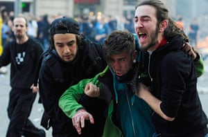 Barcelona: A demostrator is seen injure