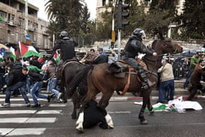 Land Day protests: Israeli mounted policeman disperse Palestinian protesters in east Jerusalem