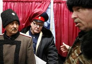 Russian election: Rostov-on-Don, Rostovskaya oblast: Russian cossacks leave booths