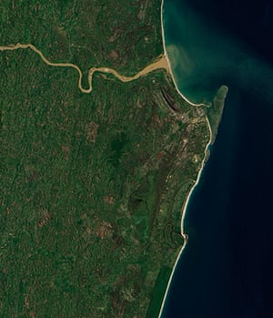 Satellite Eye on Earth: The sediment-choked Onibe River on Madagascar