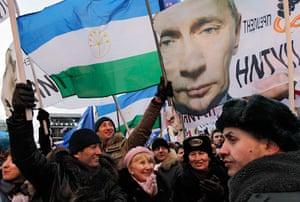 Putin protest: Supporters of Russia's Prime Minister Vladimir Putin