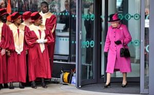 Royals in Leicester: Queen Elizabeth II leaves De Montfort University in Leicester