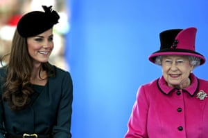 Royals in Leicester: Queen Elizabeth II  and the Duchess of Cambridge at Leicester's Clock Tower
