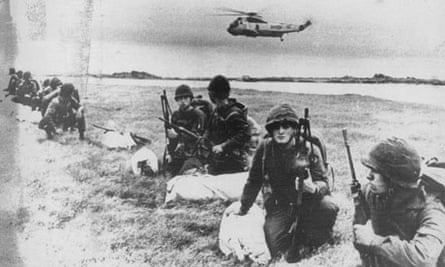 Argentinian soldiers, Falkland Islands, 1982