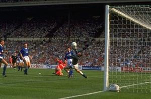 Liverpool v Everton: Ian Rush of Liverpool
