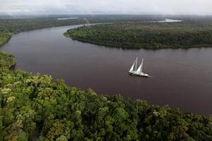 Belo Monte Dam: Rainbow Warrior in the Amazon