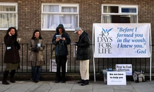 40 Days for Life campaigners