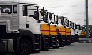 Fuel tanker drivers strike talks
