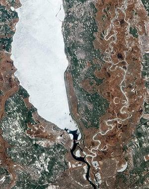 Satellite Eye on Earth: the Kyiv (or Kiev) Reservoir