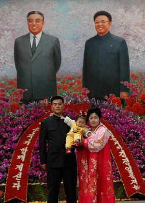 Longer view: North Korea Portraits of Kim Jong-Il and Kim Il Sung