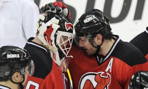 NHL playoffs: Devils goalie sets league record with 24th