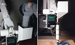 Dirk Vander Kooij's Endless Robot, printing a chair