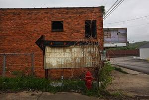 Booneville, Kentucky: An old sign is seen downtown