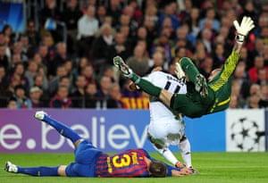 Barcelona v Chelsea: Victor Valdes flattens both Gerard Pique and Didier Drogba