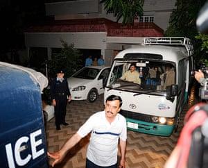 Picture Desk Live: Bin laden's familiy deported from Pakistan