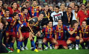 Guardiola resigns: Barcelona's players  pose with the Super