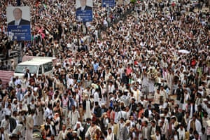 Picture Desk Live: Yemenis demand the dismissal of former regime's from military positions